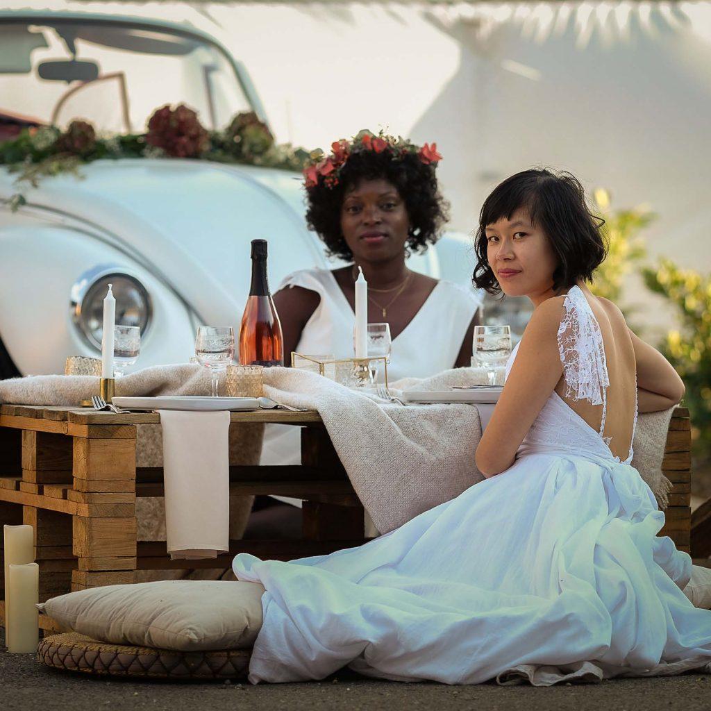Deux magnifiques mariées habillées par Lace and Grace lors du festival du mariage 2018 à Bergholtz.