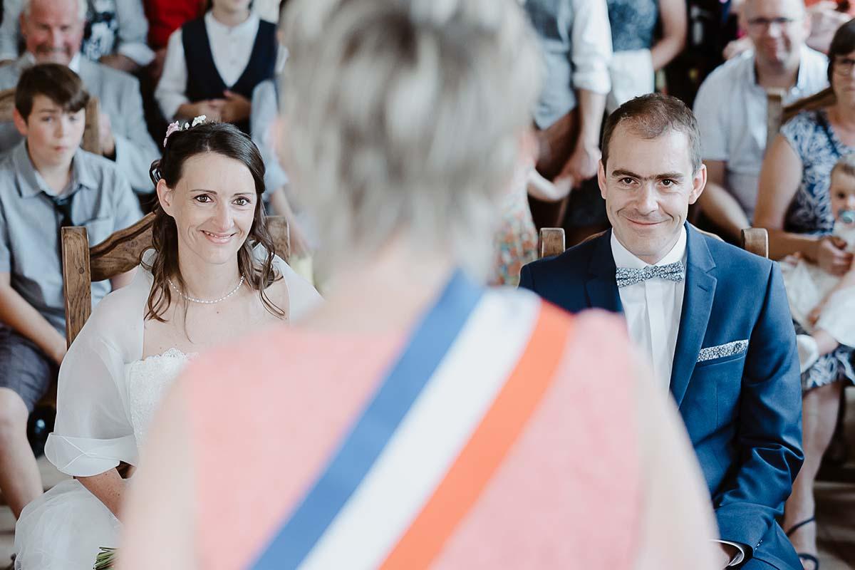 lecture faire et invités à lire l'acte-photographe-mariage-alsace