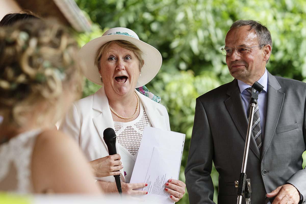 Des parents heureux-photographe-mariage-alsace