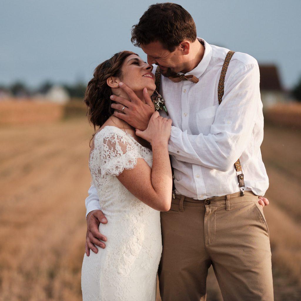 Lauryne et Pierre-Jean photos du couple au coucher du soleil-photographe-mariage-alsace
