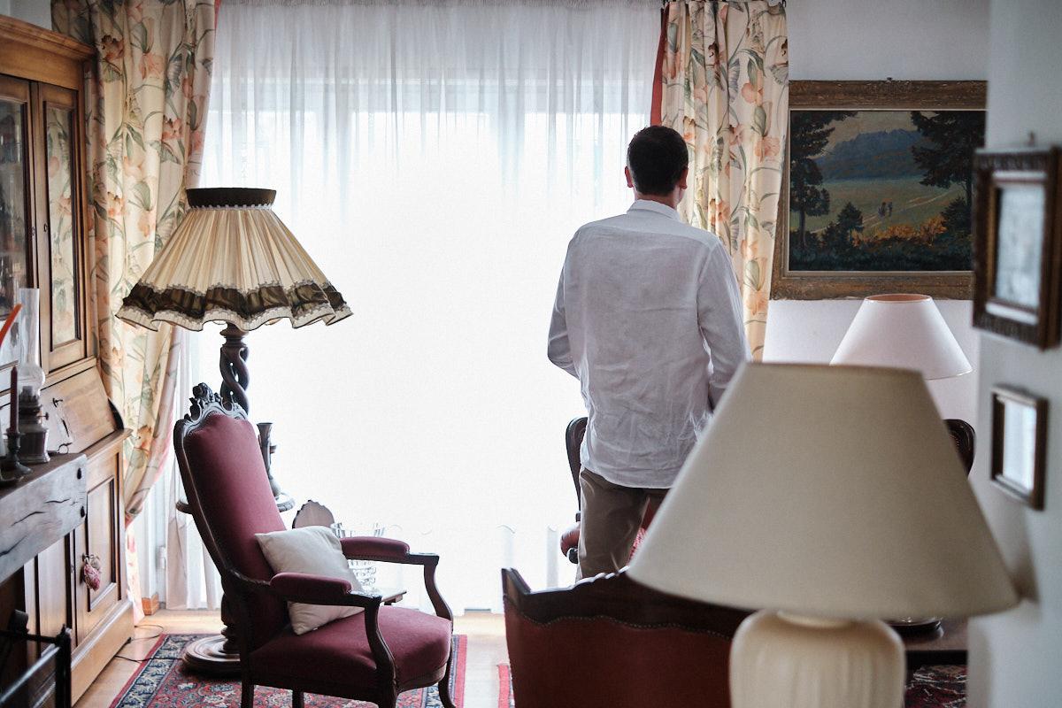 Pierre-jean se prépare-photographe-mariage-alsace