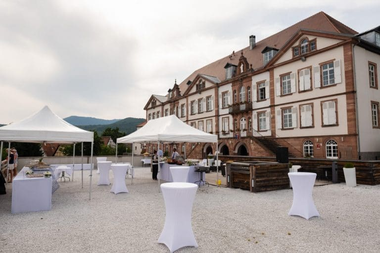 ValVignes-reception-mariage-cocktail-terrasse-saint-hippolyte-saleen-photo-video